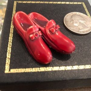 Red shoes brooch